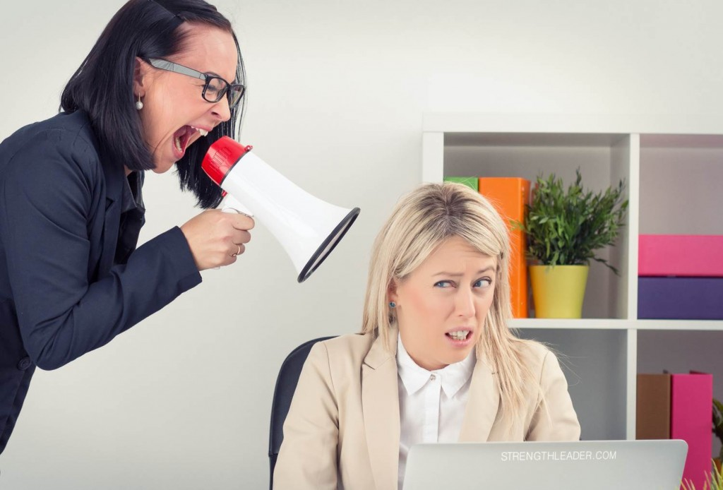 shutterstock_221585509-Business Attentions Deficit Disorder-Strengthleader